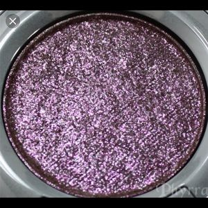 "💖Urban Decay Single Eyeshadow in ""Glitter Rock""💖"